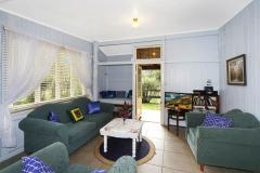 Noosa Accommodation Cottages
